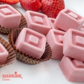 Bomboane de ciocolata raw cu capsuni / Raw strawberry chocolates