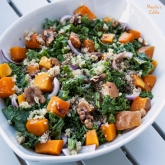 Salata de kale, dovleac si quinoa / Kale, pumpkin and quinoa salad
