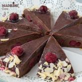 Tort raw de ciocolata si visine / Raw chocolate sour cherry cake