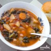Supa de naut si kale / Chickpea kale soup