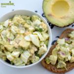 Salata de oua si avocado / Avocado egg salad