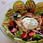 Salata cu pui si sos de iaurt / Chicken salad with yogurt dip