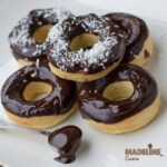 Gogosi la cuptor cu ciocolata / Baked chocolate donuts