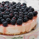 Cheesecake fara gluten cu mure / Gluten-free blackberry cheesecake