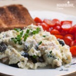 Omleta cu ricotta si masline / Ricotta and olive omelet
