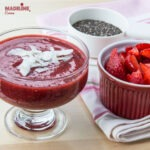 Budinca de chia si capsuni / Chia strawberry pudding