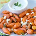 Morcovi copti cu iaurt si menta / Roasted carrots with mint & yogurt dip