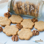 Fursecuri fragede cu nuca / Shortbread walnut cookies