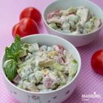 Salata de pui, avocado si iaurt / Chicken, avocado & yogurt salad