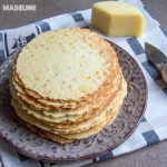 Saratele cu branza si chimen la presa / Thin cheese caraway crackers