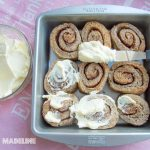 Rulouri pufoase keto cu scortisoara / Keto fluffy cinnamon rolls