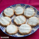 Fursecuri simple cu cocos  / Simple coconut cookies