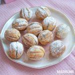 Nuci umplute cu crema de ciocolata / Walnut shaped cookies
