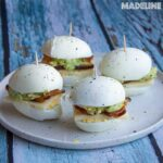 Oua umplute cu bacon si avocado / Bacon avocado egg sliders