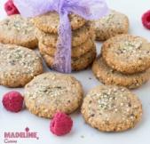 Biscuiti cu unt de arahide si canepa / Peanut butter hemp cookies